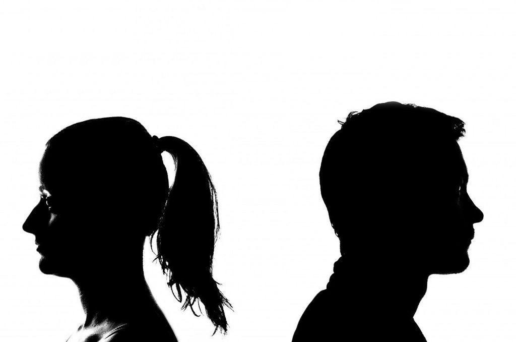 10 segnali che indicano che la tua relazione è giunta al termine